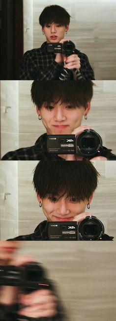 What the actual hell JK? Foto Bts, Foto Jungkook, Jungkook Cute, Bts Bangtan Boy, Jimin, Jung Kook, Taehyung, Kpop, Jeon Jeongguk