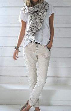 Ladies Fashionz: white on white outfit