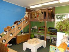 Teddy Bear Picnic Kindergarten welcoming decor.