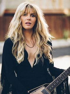 Grace Potter takes on the sweet soul-rock sounds of 'Midnight' Female Guitarist, Female Singers, Grace Potter, Rock Sound, Women Of Rock, Guitar Girl, Women In Music, Cinema, Thing 1