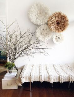 20 Ways to Decorate with African Juju Hats - Feather Headdresses - Interior Design - Table Tonic Bamileke Juju Hat and Moroccan Wedding Blanket Rattan Lampe, Moroccan Wedding Blanket, African Interior, Juju Hat, Interior Styling, Interior Design, Deco Originale, Interior Inspiration, Interior Ideas