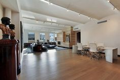 The vaulted ceiling in this Wooster Street SoHo Loft, is a blank canvas for artistic types!!!