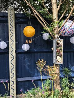 Choosing Colourful Cuprinol Garden Shades - Melanie Jade Design Backyard Fences, Backyard Landscaping, Backyard Layout, Garden Fences, Garden Doors, Cuprinol Urban Slate, Garden Fence Paint, Decorative Garden Fencing, Fence Paint Colours
