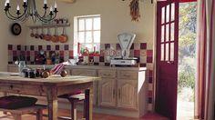 Cuisine IKEA dans un petit espace | cuisine chalet | Pinterest ...