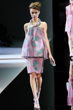 Giorgio Armani Spring 2014 – Vogue