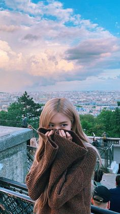 : * ✧ · ゚:blackpink icons- ariana icons : * Rose Hd Photo, Foto Rose, Wallpaper Rose, Lisa Blackpink Wallpaper, Wallpaper Desktop, Screen Wallpaper, Rose Photos, Blackpink Photos, Pictures