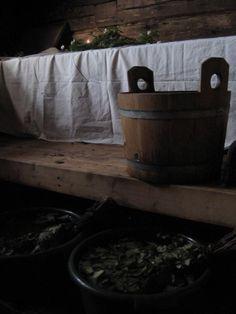 Pre-wedding sauna for the pride. Modernin morsiussaunan ohjeita.