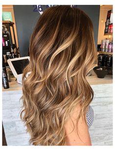 Ash Brown Hair With Highlights, Brown Hair With Blonde Balayage, Hair Color Highlights, Hair Color Balayage, Caramel Hair Highlights, Balayage Hair Caramel, Honey Balayage, Caramel Hair Colors, Light Caramel Hair
