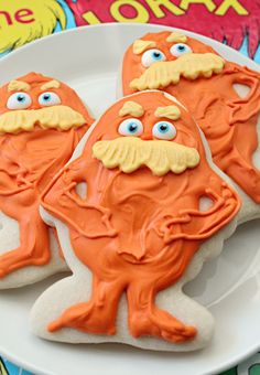 Lorax Cookies {Sugar Belle} - host a Dr. Suess children's party! :) (links to other Dr. Suess/Lorax-inspired treats at the bottom of this post).