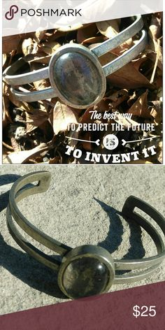 "Old vintage bracelet Nice old vintage size 8"" open cut. Large stone. Old silver look. Excellent quality. Jewelry Bracelets"