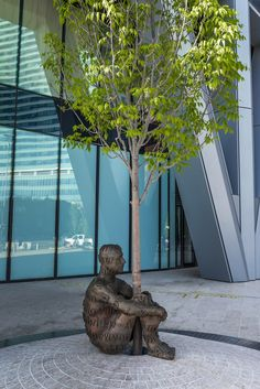 Alberta's Dream, a statue by the Spanish-born artist Jaume Plensa is located in Alberta, Canada. Freedom Sculpture, Sculpture Art, Garden Sculptures, Sculpture Ideas, Sculpture Images, Art Public, Public Spaces, Statues, Political Art