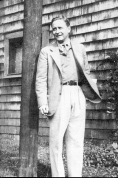 """"""" I'm a romantic; a sentimental person thinks things will last, a romantic person hopes against hope that they won't """" F. Scott Fitzgerald The Great Gatsby Fitzgerald, Scott And Zelda Fitzgerald, Fitzgerald Quotes, Writers And Poets, Writers Write, Einstein, Francis Scott Key, Ap Literature, 1930s Style"""
