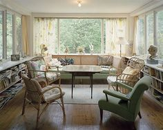 Falsterbo living room by Josef Frank - It's simple but fresh & airy! The curtains must have done it for me :)