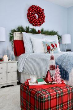 Modern Bedroom Decor, Stylish Bedroom, Bedroom Ideas, Modern Bedrooms, Christmas Bedroom, Cozy Christmas, Luxury Christmas Decor, Christmas Trees, Holiday Decor