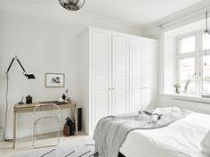 Arsenalsgatan 4B, Grey shades and Nordic simplicity