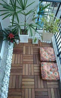 Decoración de balcón pequeño