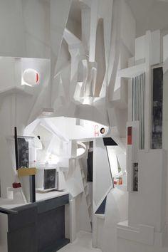Kurt Schwitters by Melissa Venator Kurt Schwitters, Installation Art, Art Installations, Space Place, Art Plastique, Geometric Art, Home And Living, Modern Contemporary, Interior Architecture