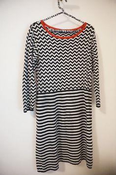 Max Mara Weekend Black White Chevron Stripe Silk/Cotton Sweater Dress Size L  #MaxMara #SweaterDress #Casual