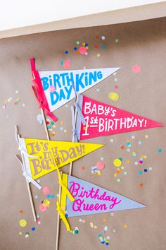 Quarantine birthdays (and regular birthdays too) deserve to be celebrated with all the stops. Make these pennants to add a little pizzazz to someone's special day! Fun Crafts, Diy And Crafts, Crafts For Kids, Diy Party Decorations, Birthday Decorations, Pennant Template, Birthday Crafts, How To Make Diy, Diy Schmuck
