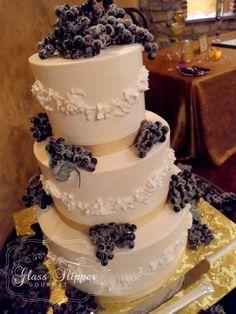 Happy Pinning!  winery/vineyard wedding cake - buttercream with sugared champagne grapes #vineyardwedding #winerycake #grapes