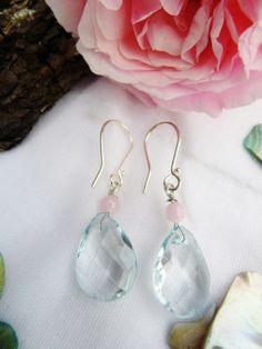 Light blue crystal earrings with pink pearl for the Mermaid with the blond hair. Today 150 DKK annette@annweidesign.com  Lyseblå øreringe med pink perle til havfruen med det lyse hår. I dag søndag 150,- kr. -  skriv annette@annweidesign.com