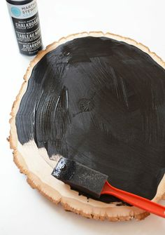diy tree slice chalkboard tutorial: Little Paper Dog