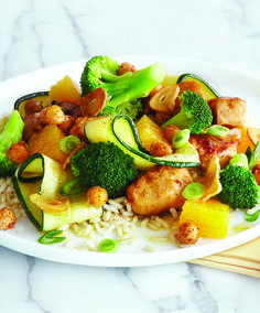 Orange Chicken Stir-Fry with Crispy Garlic Dressing