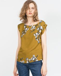 Love how this top is a little more than just a plain tee!