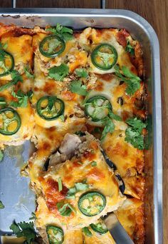 Delicious & Easy Buffalo Chicken Jalapeno Popper Casserole | Shared via http://www.ruled.me/