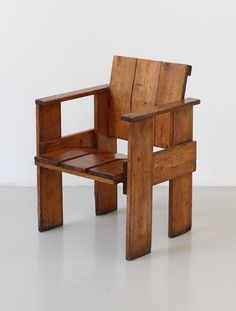 Gerrit Rietveld; 'Albatross' Armchair, 1956.
