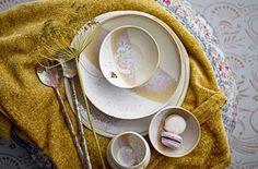 Bloomingville inspiriert – viele aufregende Möbel und Accessoires sorgen für eine schöne und gemütliche Wohnatmosphäre! Deco Addict, Ceramic Tableware, Dinnerware, Ceramics, Interior, Dinner Room, Kitchens, Scandinavian Design, Nice Asses