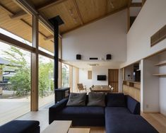 Hiiragi's house by Takashi Okuno, Hiiragi's House in Japan, Takashi Okuno architecture, courtyard house architecture, modern courtyard house, natural materials Japanese architecture, stack effect in an eco-friendly home