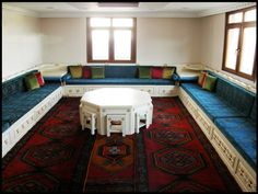 9 meilleures images du tableau salon turc | Salon marocain, Couches ...