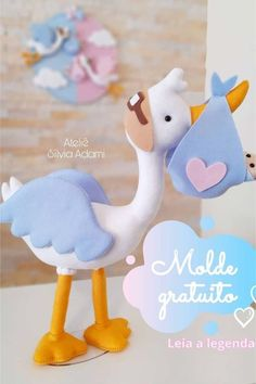 Clay Crafts For Kids, Baby Crafts, Bible Quiet Book, Personalized Baby Shower Favors, Diy Baby Gifts, Felt Baby, Bird Patterns, Soft Dolls, Felt Toys