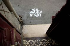 Rencontre avec Pierre Fraenkel, street artiste engagé qui se s'approprie l'espace urbain en jouant avec les mots | Inkulte