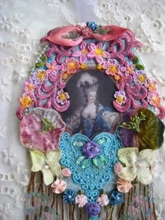 MARIE ANTOINETTE EMBELLISHED WALL CAMEO