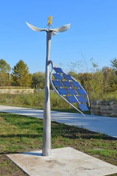 Solar-Powered Robotic Flower by Anthony Castronovo