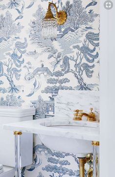Powder Room Wallpaper Ideas-- 16 Bold Wallpaper Ideas for Your Powder Room. Blue and white. Blue and white wall paper. Home decor. Chinoiserie Wallpaper, Toile Wallpaper, Chinoiserie Chic, Wallpaper Ideas, Unique Wallpaper, Oriental Wallpaper, Asian Wallpaper, Wallpaper Decor, Print Wallpaper