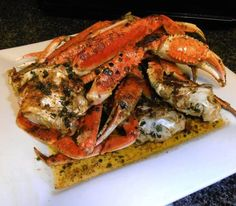 There is almost nothing better than spicy garlic crabs. I've used dungenous crab legs, blue crabs, alaskan king crab legs, etc. Crab Dishes, Seafood Dishes, Seafood Platter, Fish Recipes, Seafood Recipes, Cooking Recipes, Potato Recipes, Vegetable Recipes, Blue Crab Recipes