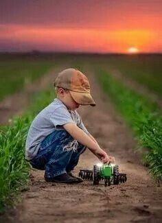 God made a farmer <3 | Farmhouse decor: NorthernHare.Etsy.com #farmhouse #farming