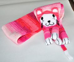 Scarf pink cat animal knitted scarf hand wool and by lamainlefil