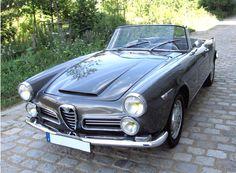 Collector's Alfa-Romeo Touring, Cabriolet, (convertible, spider) for sale at Autodrome Alfa Romeo Spider, Alfa Romeo Cars, Cabriolet, Collector Cars, Wwii, Touring, Convertible, Automobile, Paris