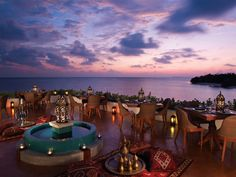 Experience Remote Islands in the Maldives: Four Seasons Resort - http://freshome.com/2012/05/08/experience-remote-islands-in-the-maldives-four-seasons-resort/
