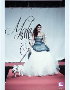 Scivolato ad ampio? Qual'e l'abito dei tuoi sogni? Alessandro Tosetti www.tosettisposa.it Www.alessandrotosetti.com #modasottolestelle #cnms #lugano #abitidasposa #wedding #weddingdress #tosetti #tosettisposa #nozze #bride #alessandrotosetti #fashion #sfilate