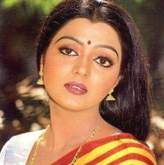 Bhanupriya (Actress) Biography Classic Actresses, Hot Actresses, Indian Actresses, Alia Bhatt Saree, Most Beautiful Bollywood Actress, Hema Malini, Saree Photoshoot, Vintage Bollywood, South Indian Actress