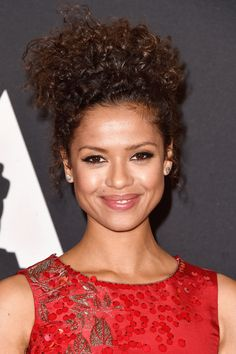 According to celebrity makeup artist Nick Barose, he applied Votre Vu's Drawmatic lip liner in Spark to Gugu Mbatha-Raw's gorge smile for the Governors Awards.    http://www.refinery29.com/2014/11/77622/gugu-mbatha-raw-governors-award-makeup-tips#slide10  Nighttime Makeup