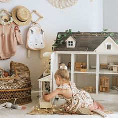 48 brilliant playroom decor ideas 9 - Home Design Ideas Playroom Decor, Kids Decor, Nursery Decor, Decor Ideas, Home Decor, Deco Kids, Estilo Tropical, Little Girl Rooms, Little Girls Playroom