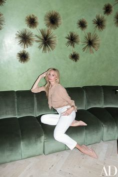 See How Lauren Santo Domingo Outfitted Moda Operandi's Manhattan Offices Photos | Architectural Digest