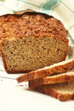 Chiamagos zabkenyér - Kifőztük, online gasztromagazin Bread Recipes, Diet Recipes, Diabetic Recipes, Healthy Recipes, Gm Diet, How To Make Bread, Bread Baking, Cake Cookies, Healthy Snacks