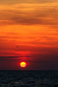 Sunset on the Sound in Duck. Kimberly Rickard Black.jpg